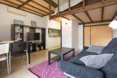 Cozy apartment on the 1st sea line in suburb of Barcelona